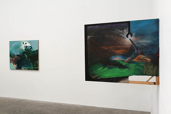 installation view - Independent management (and Green indulgence)